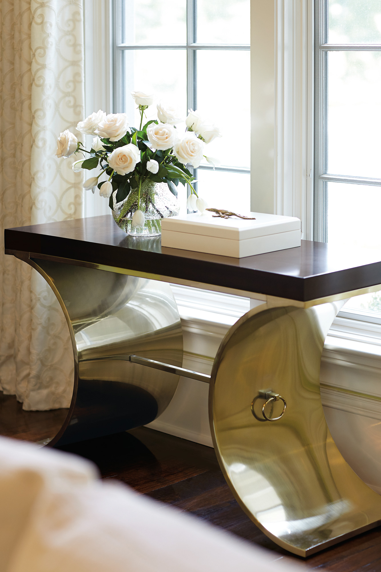 Elegant Console Table with Baskets Photos Of Basket Decorative
